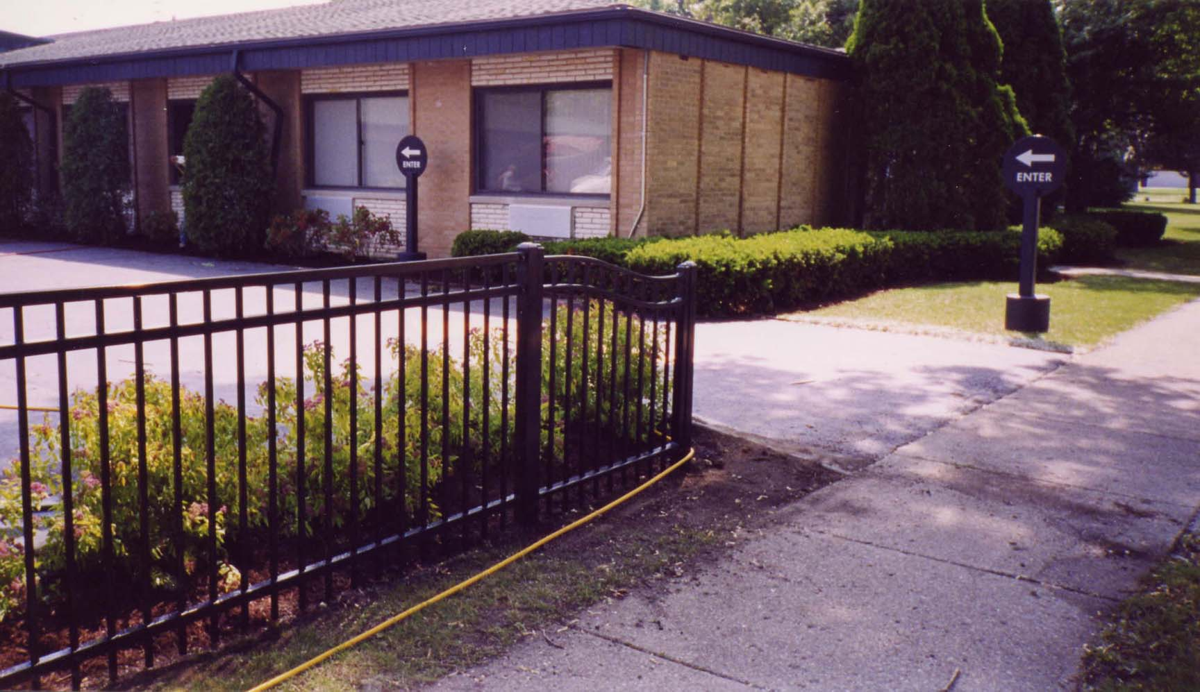 Masterbilt fence and supplies inc phone